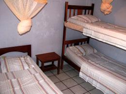 Alojamiento, Puerto López, Hostal Villa Colombia